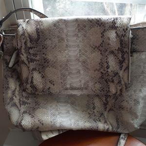 Liz Claiborne Envelope Bag Nwot